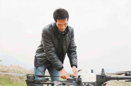 冯承志是现代化新型职业农民。